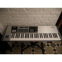MIDI клавиатура CME UF-60+стойка.