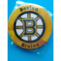 "Значок с Логотипом Хоккейного Клуба НХЛ - ""Бостон Брюинз""."