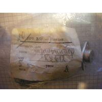 Транзистор KU612, TESLA.
