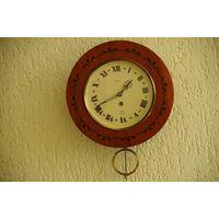 Часы настенные WILTIC  рабочие , комплектные