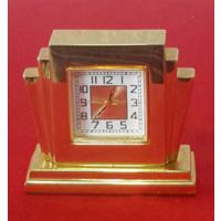 Миниатюра часы,4 см.Часы работают на батарейке,на ходу.Quarz
