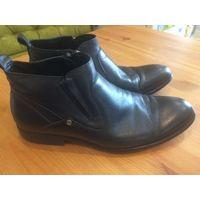 Туфли мужские Axis 39 размер, стелька примерно 27,5 см. Есть дополнительная шерстяная стелька, натуральная кожа. Отличное состояние.