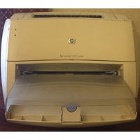 Лазерный принтер HP LaserJet 1000 series, не чипован