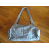 Небольшая сумка для бабушки фирменная