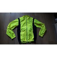 Спортивная яркая куртка, ветровка. Р-р 50-52