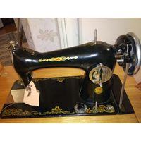 Швейная машина прошлого века