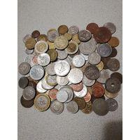 Монеты мира 105шт.