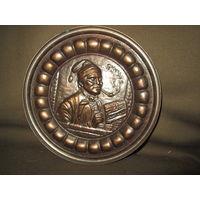 С 1 рубля!Тарелка настенная декоративная диаметр 19,5 см.