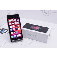 "4."" Apple iPhone SE 64GB Space Gray. Гарантия"
