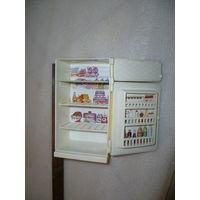 Импортный игрушечный холодильник. Времён СССР.