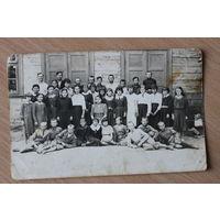 Фото выпускного 7 класса.1937 год
