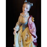 Статуэтка Красавица в накидке. Лимбах Тюрингия Германия клеймо 1887-1919гг