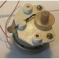 Двигатель-редуктор ДСМ60У4,2-П-24в.,60 об/мин.