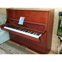 Продам фортепиано Беларусь в хорошем состоянии.