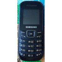 Мобильный телефон Samsung GT-E1200M (2012)
