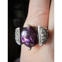 Кольцо-перстень 18.5 р. Вес 9.6 гр.