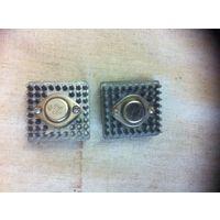 Транзистор германиевый в сборе с радиатором охлаждения-2 шт.