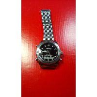 """Часы """"Versaille"""" хронограф стальной корпус полностью исправный головка на винте с 1рубля!!"""