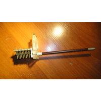 Конденсатор  переменный (с ручкой из текстолита)