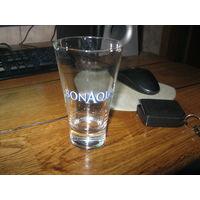 Стеклянный стакан bonaqua
