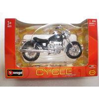 """Модель мотоцикла """"Honda"""" F6C. 1:18. BURAGO."""