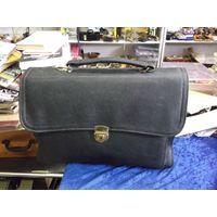 Портфель-сумка с ремешком, кожа.