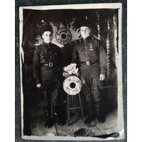 """Солдатское фотоприветствие """"Привет с Урала"""" 1940-50-е. 9х12 см"""