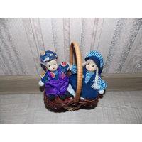 Фарфоровые винтажные куколки