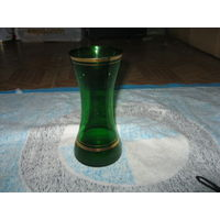 Ваза зеленое стекло