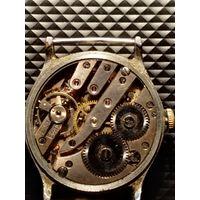 Часы механические наручные старые 40 -ые годы (не идут)