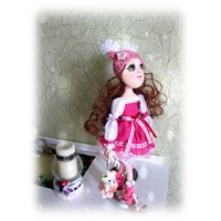Куколка в розовом