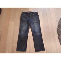 Фирменные джинсы Colin`s