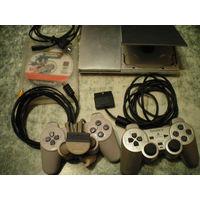 Игровая приставка Sony PlayStation 2.
