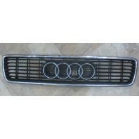 101019 Audi 80 B4 решетка радиатора 8G0853651G