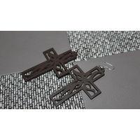 Серьги кресты деревянные