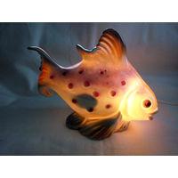Фарфоровый ночник аромолампа в виде рыбки ГДР
