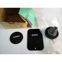Автомобильный магнитный держатель для телефона  AUKEY Air Vent Mount