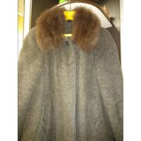 Почти новое пальто (женское) р.50-52.