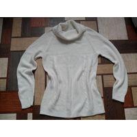 Белый свитер размер 46-48