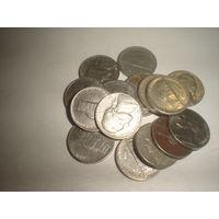 США 5 центов 16 штук.