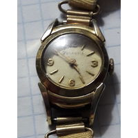 """Старые швейцарские женские часы """"Helvetia"""" с позолотой"""