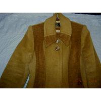 Пальто деми,50-52 размер,90%шерсть.
