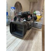 Видеокамера Sony DCR-VX2100E/5 кассет/батарея Sony