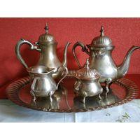 Старинный кофейно - чайный сервиз с подносом. Барок стиль.Латунь, Серебрение .5 предметов.