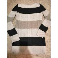 Вязаный свитер 44р