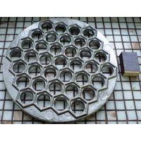 Металлическая форма для изготовления пельменей (пельменница) СССР