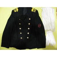 Бушлат пофседневной формы главного старшины ВМФ (БФ) СССР. размер 48-3 с белым шарфом и перчатками