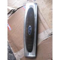 102005 Ford Fiesta 4 решетка радиатора