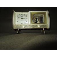 С 1 рубля!Часы будильник музыкальные Lindner blackforest с подвижной фигуркой.Германия 40-50-е г
