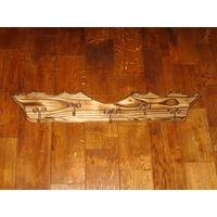 Вешалка деревянная на 5 крючков.для баньки.ручная работа.